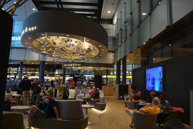 Zurich airport cafe