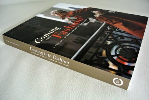 "Книга ""Coming into Fashion"""