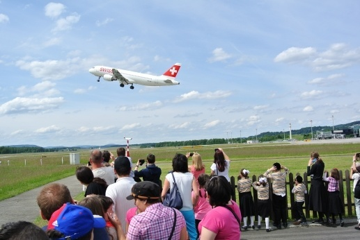 Bus tour zurich airport