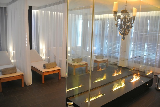 Kameha Grand Relax Room Lounge