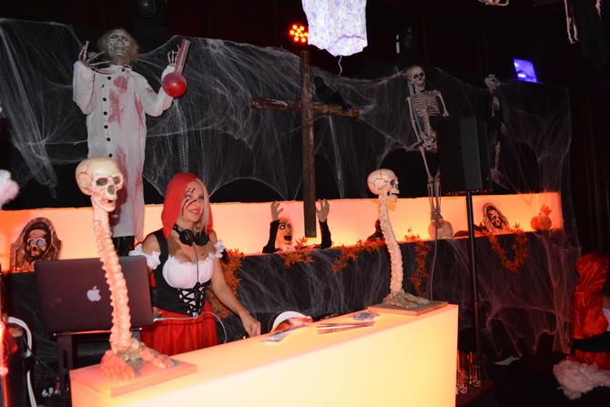 rive gauche zurich halloween6