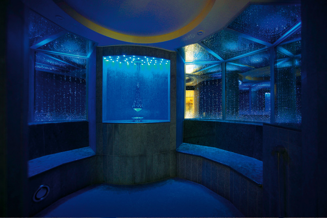 Swarovski steam bath